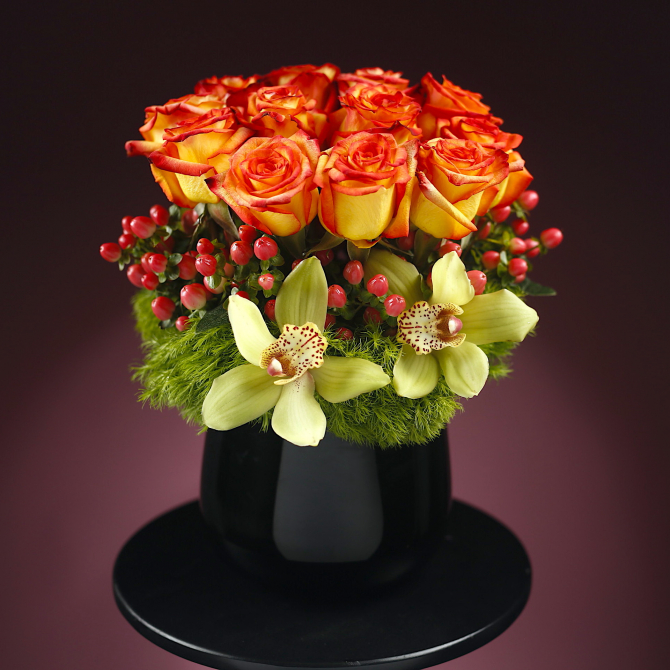 milan orange roses